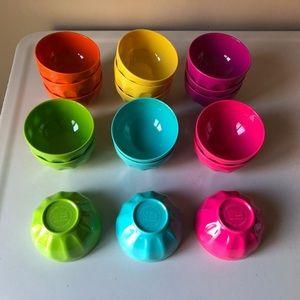 ☀️18 piece colourful bowl set